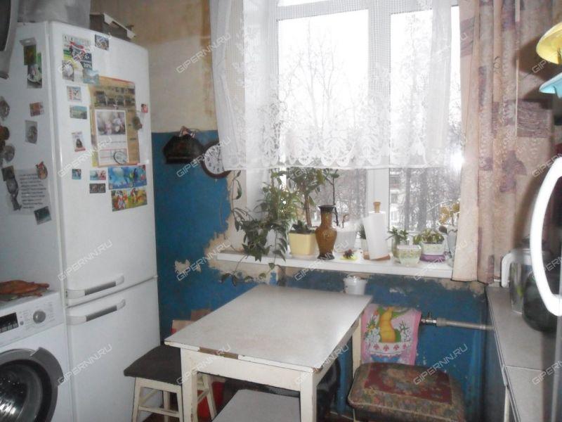 трёхкомнатная квартира на улице Героя Советского Союза Поющева дом 13