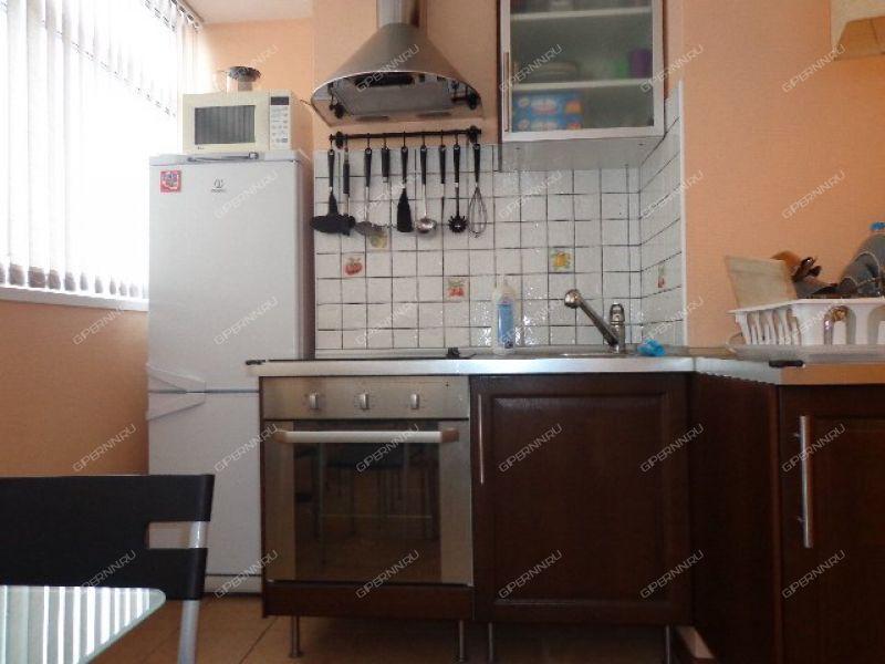 однокомнатная квартира на сутки на набережной Верхне-Волжская дом 19