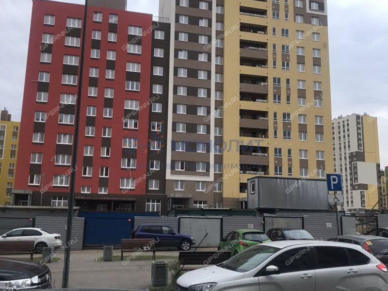 трёхкомнатная квартира в новостройке на улице Романтиков