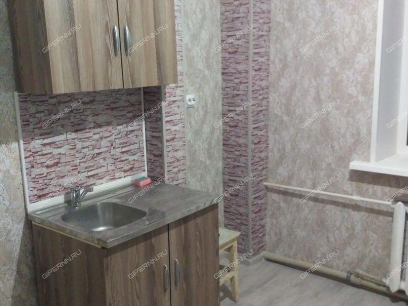 двухкомнатная квартира на улице Героя Советского Союза Сафронова дом 6