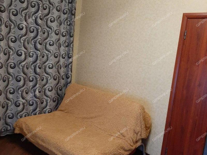 трёхкомнатная квартира на улице Короленко дом 12