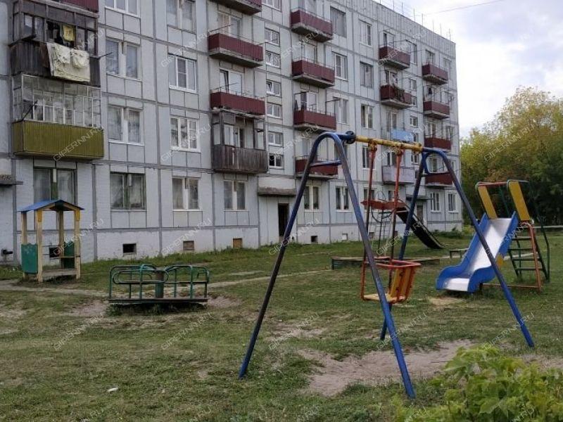 двухкомнатная квартира на улице Первомайская дом 1А рабочий посёлок Фролищи