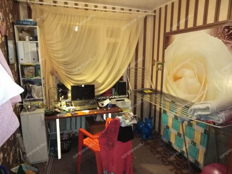 четырёхкомнатная квартира на улице Маршала Жукова дом 19